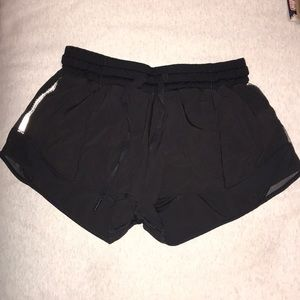 "Hotty Hot Short 2.5"" Lululemon shorts"